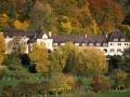 monastere en automne