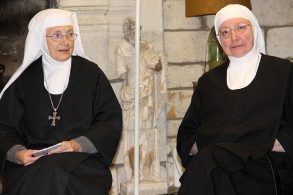 Mere-Marie-Baptiste-Abu-Gosh-avec-soeur-Jean-Baptiste-du-Bec-