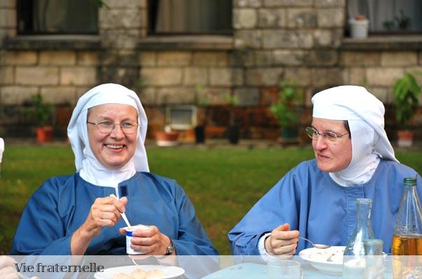 la vie fraternelle au sein de la communauté sainte Françoise Romaine