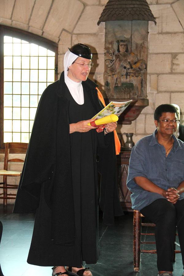 diplôme-artisan-à-mère-prieure-Sr-Marie-Bénédicte-et-Catherine(9)