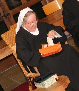 Soeur Irène-Marie, bénédictine du Monastere du Bec Hellouin
