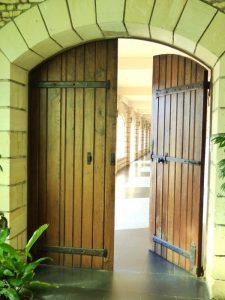 Porte entrée du monastere