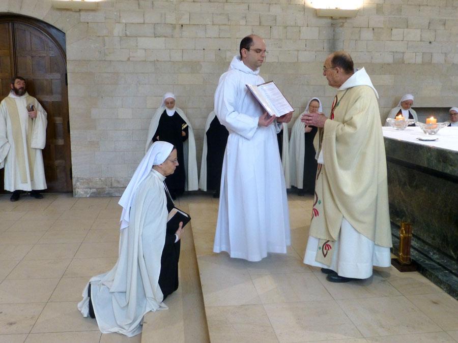 07.3-messe-à-l_abbaye-le-30-janvier-2018-lendemain-de-l_élection-1